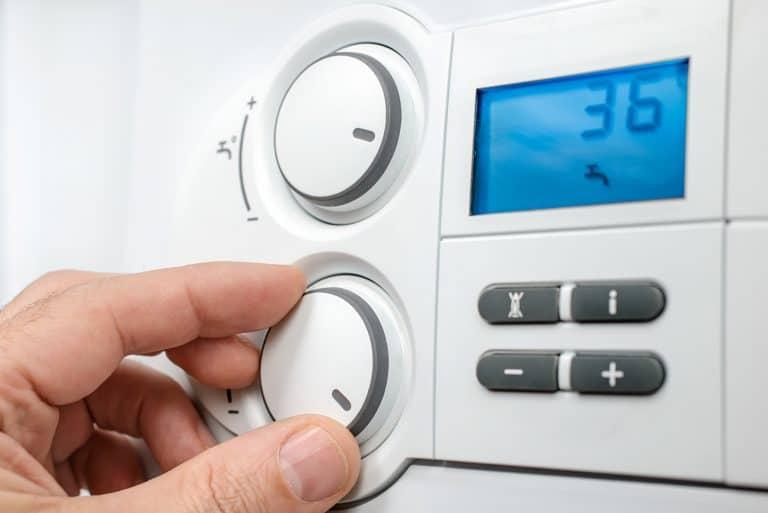 Come funziona una caldaia a condensazione rispetto a una caldaia tradizionale?