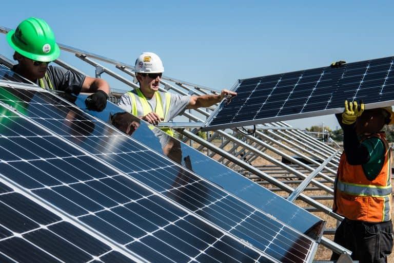 Installazione pannelli solari a costo zero: nasce il Reddito energetico
