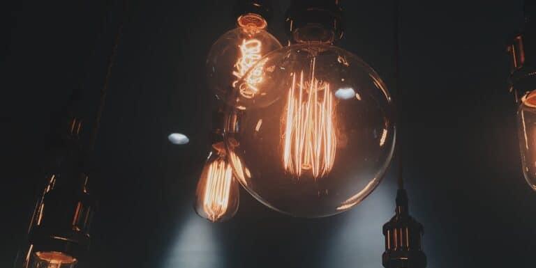 Bolletta energia elettrica: nuovi diritti per i consumatori